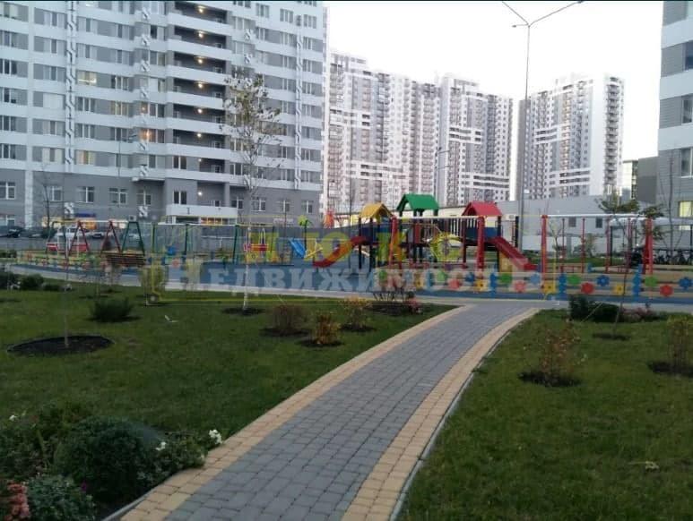 продажа трехкомнатной квартиры номер A-159511 в Киевском районе, фото номер 7